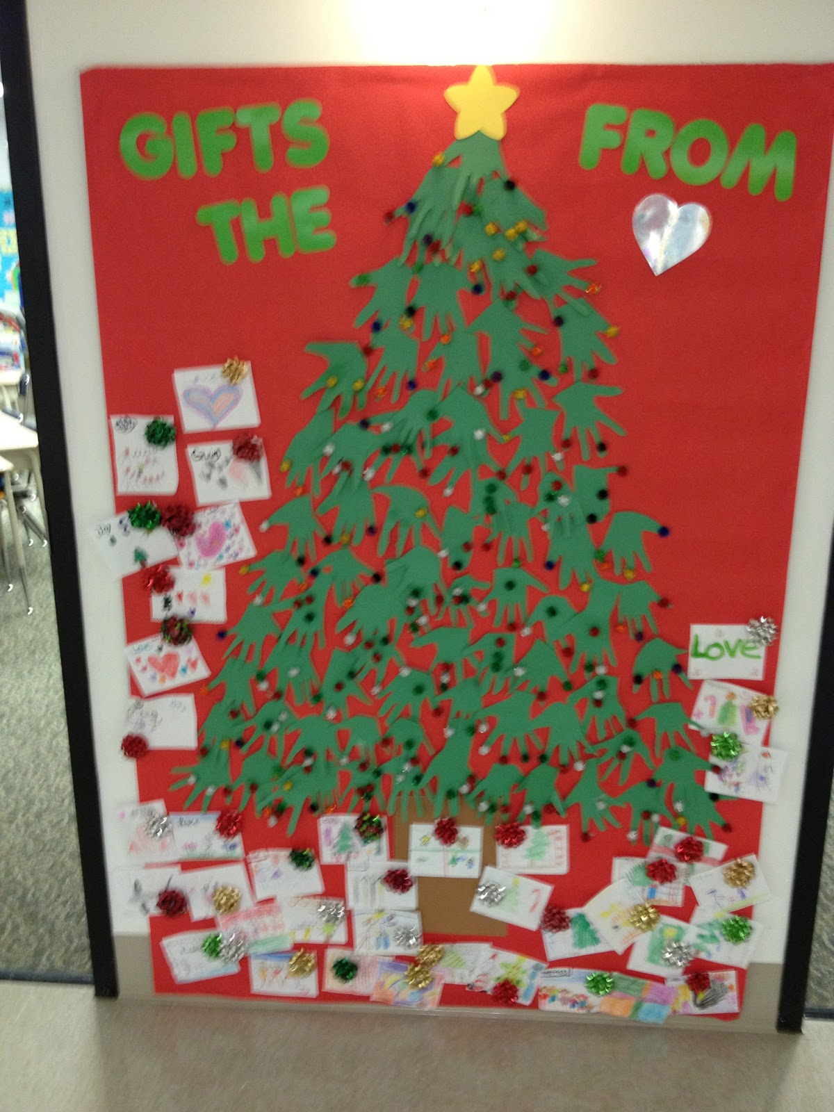 First grade smiles 12 days of christmas read alouds for 12 days of christmas door decoration