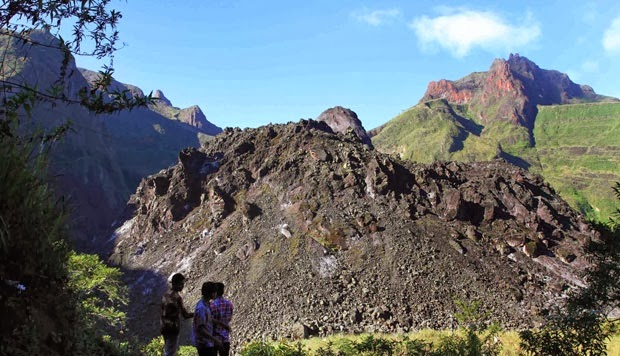 foto video letusan gunung kelud