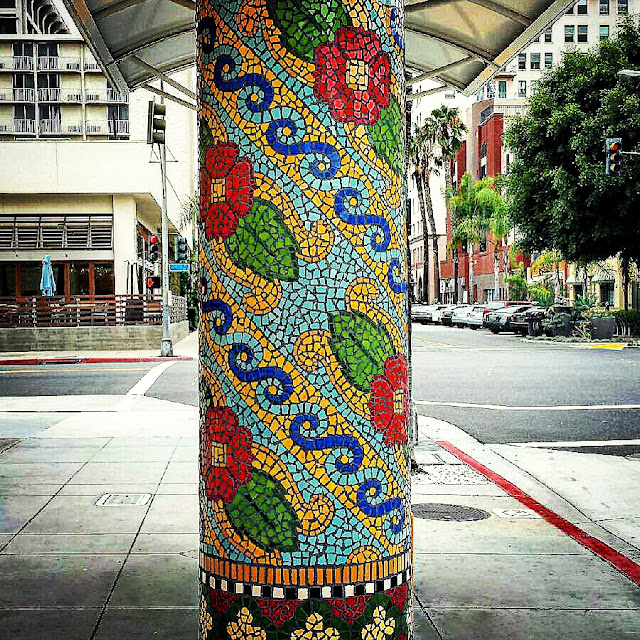 Long Beach Mosaic Tile Bus Stop Column Art Work