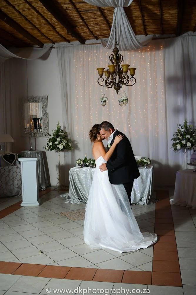 DK Photography DSC_9888-2 Sean & Penny's Wedding in Vredenheim, Stellenbosch  Cape Town Wedding photographer