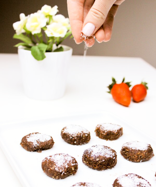 Clean Eating: Healthy Chewy Chocolate Cookies