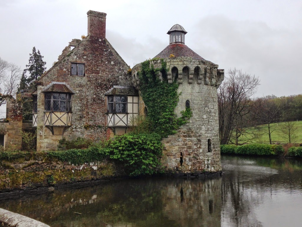 Scotney Old Castle Tower