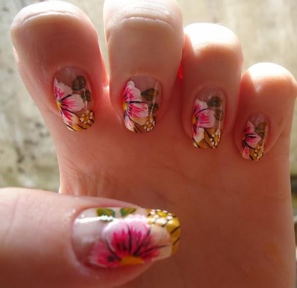 Unhas com Flores Mexicanas