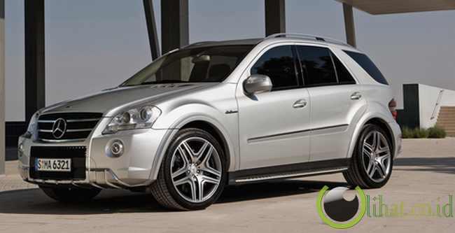 Mercedes Benz ML-63 AMG - Rp13,5 juta