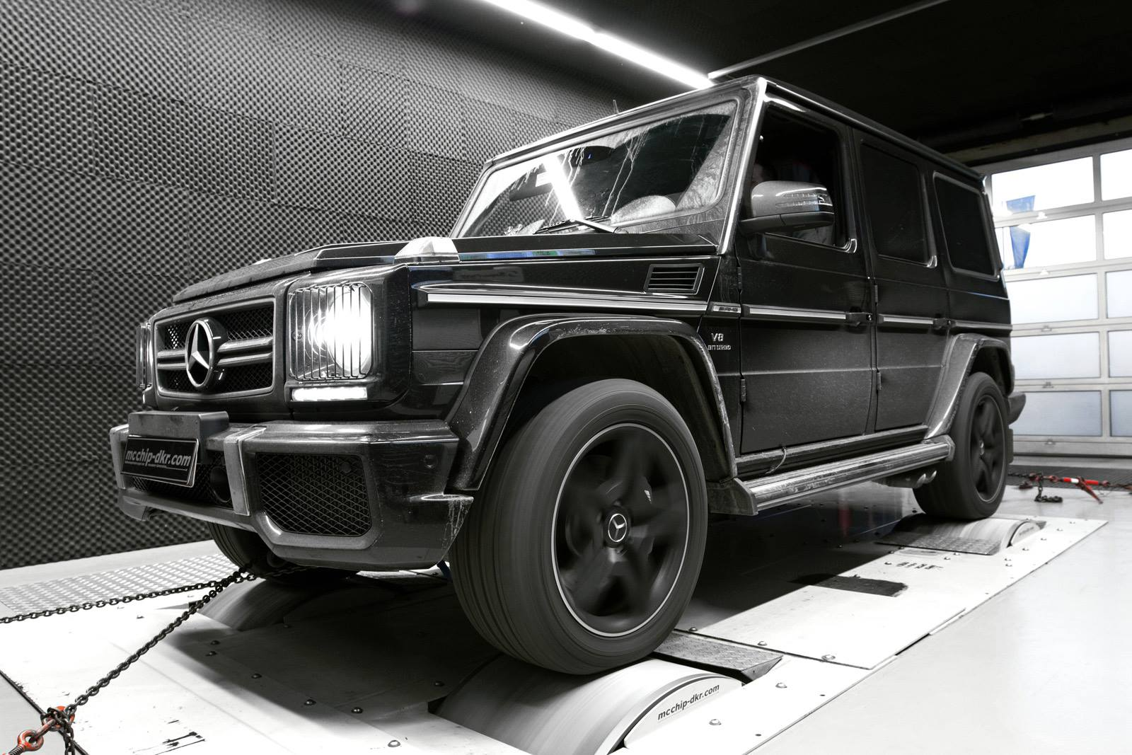 Mercedes benz g63 amg on 6x6 wheels benztuning for Mercedes benz g63 6x6 amg