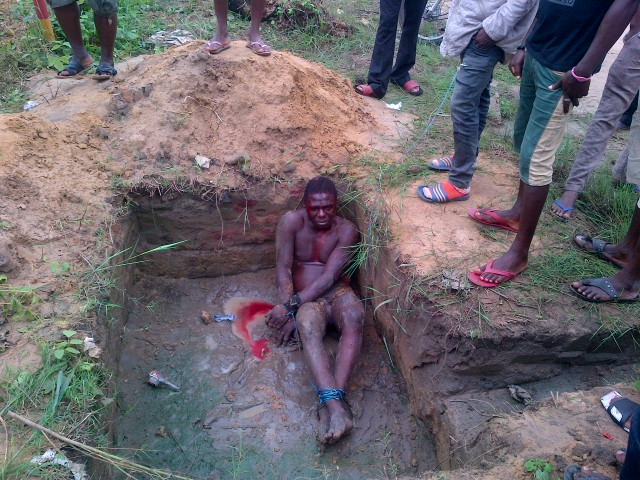 Pictures: Mob Catch & Beat Up Thief Till He Bleeds In Delta State 1226723_IMG-20130731-00035_jpg5d27afcb4b90525cac943f5728baa9e4
