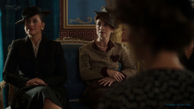 Gloria Von Fürstenberg y la baronesa De Petrino. El tiempo entre costuras. Capítulo 6