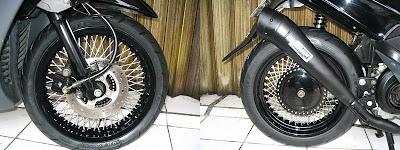 Modifikasi Yamaha Mio Sporty_Racing Blac Rider - Kumpulan Gambar Modifikasi Motor.2.jpg
