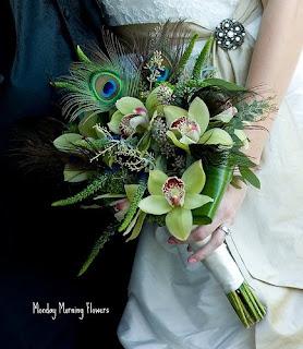 casamento, noiva, penas de pavão, cymbidium verdes, buquet