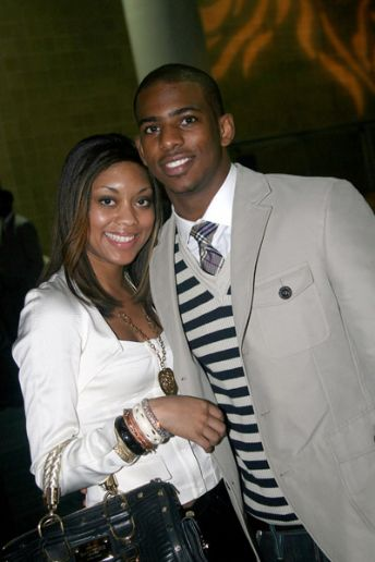 Chris Paul's girlfriend is so pregnant. The name of the girl is Jada Crawley ...