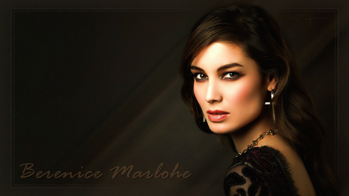 Top Berenice Marlohe Skyfall Pictures Photos Images .au