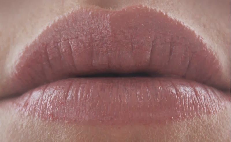 Fresh Sugar Lip Treatment in Petal