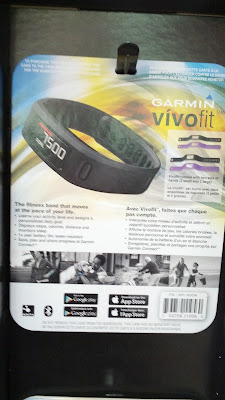 Garmin Vivofit keeps track of steps, distance, calories burned, etc