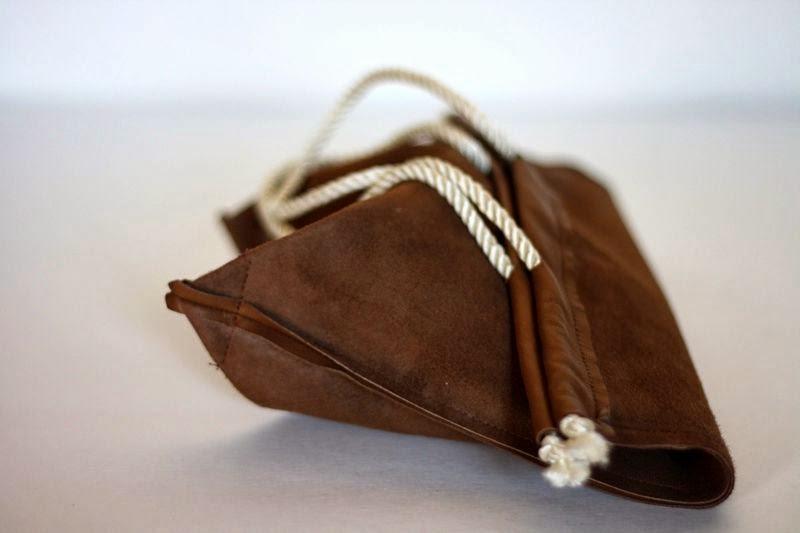 сумка-мешок из кожи