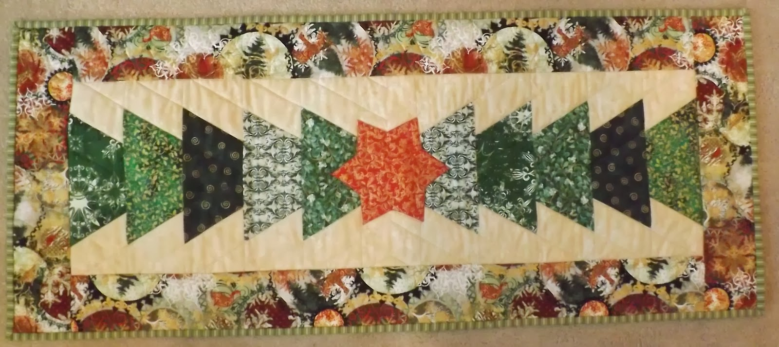Treadle Quilts Table Runner Mania