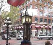 Vancouver B.C. Steam Clock Gastown (Video)
