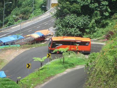 medium bus pariwisata pekanbaru riau_ 9i