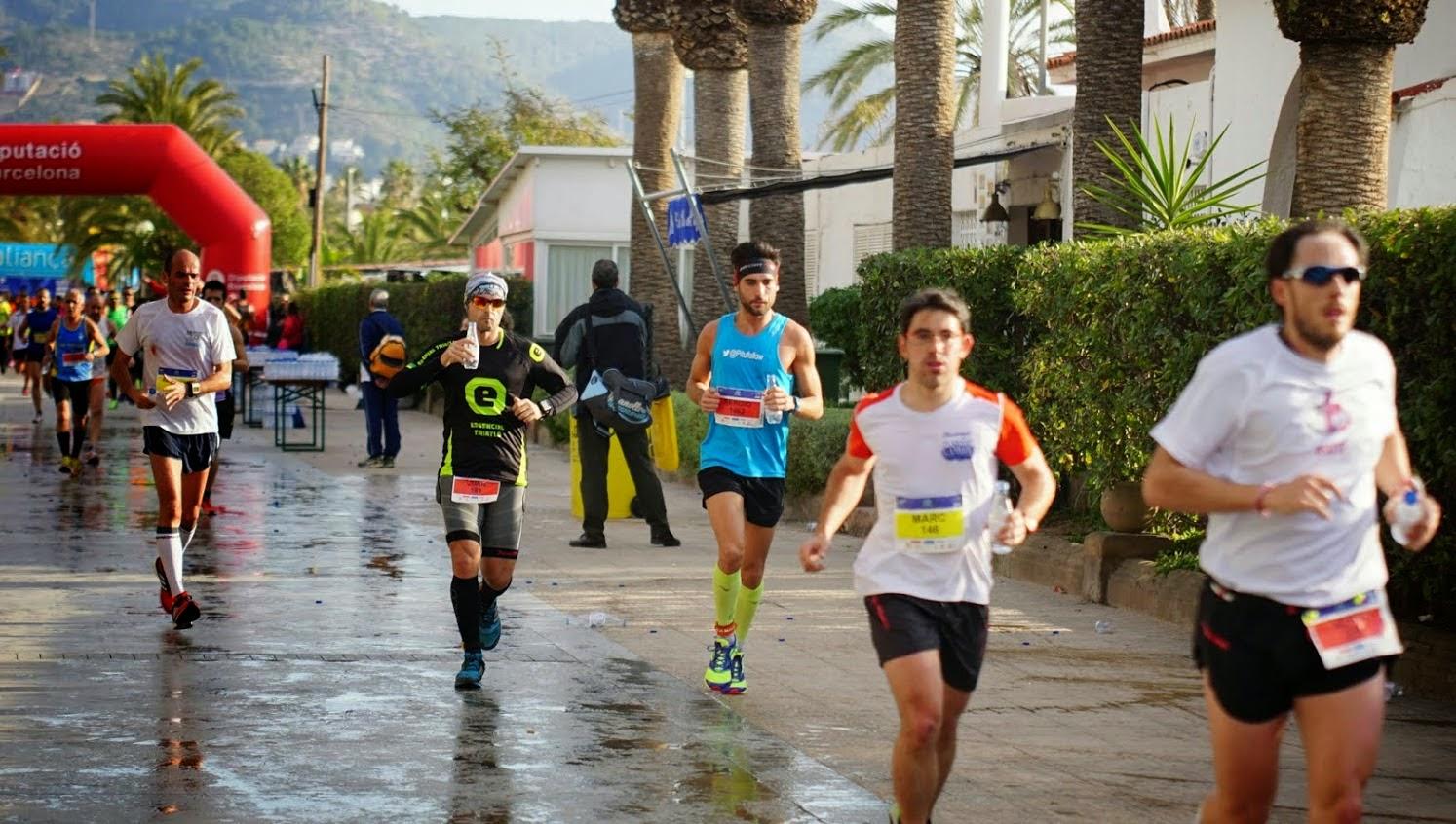 mitja marato sitges pitufollow corredor runner running