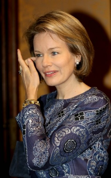 Queen Mathilde Visited The 'Design Derby Nederland-Belgie' Exhibition