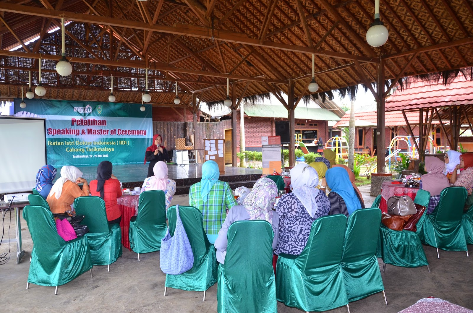 Pelatihan Public Speaking & MC bersama IIDI Tasikmalaya