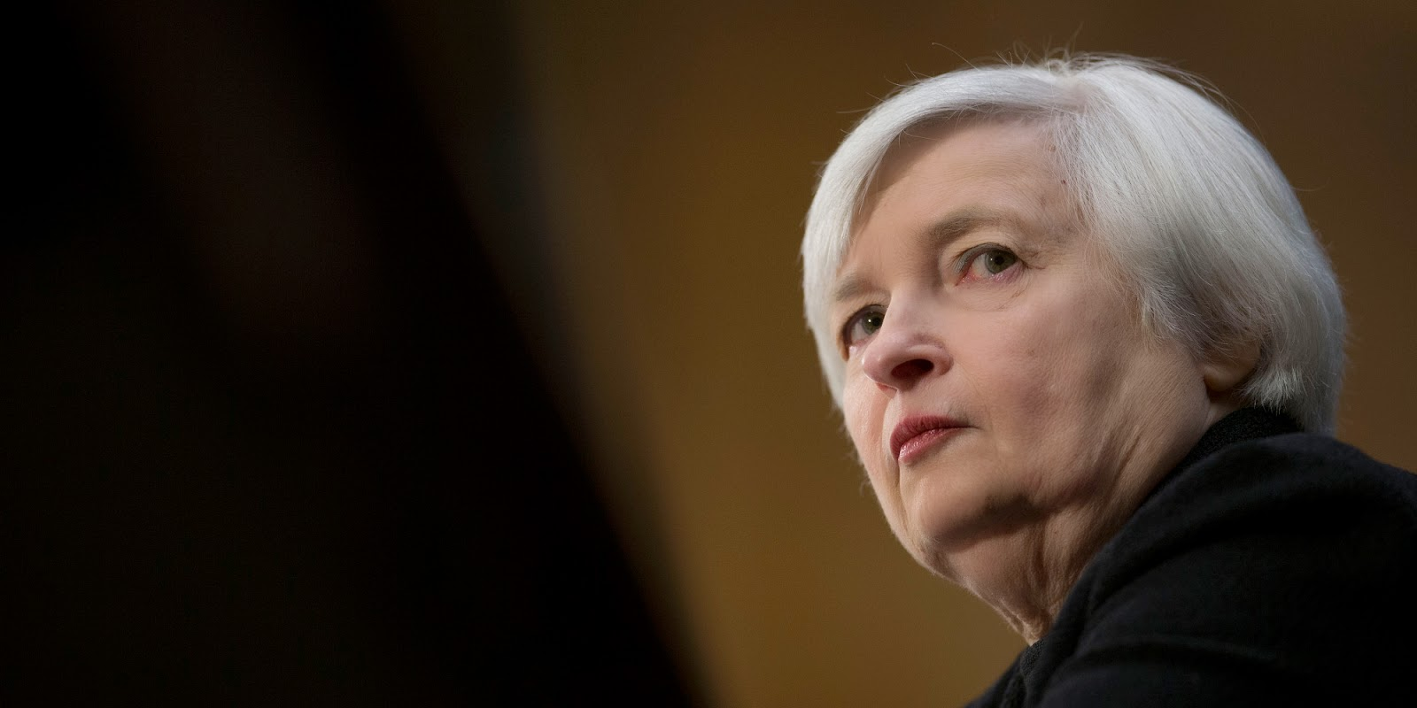 cliff k uuml le s notes  essay demonstrates how federal reserve chair janet yellen plays a caring sweet grandmotherly type figure concerned about the poor middle class