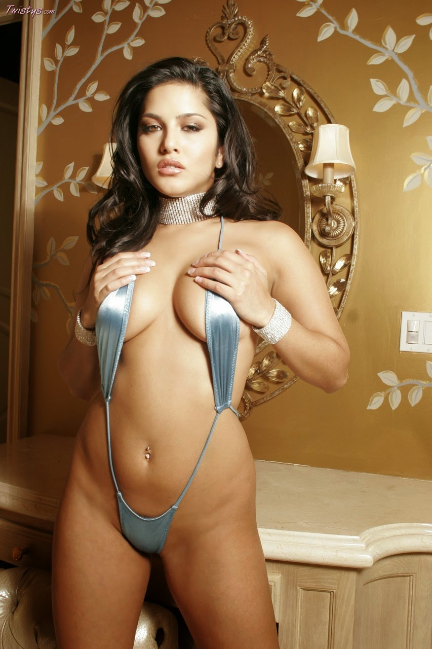 Sunny Leone Unseen Hot