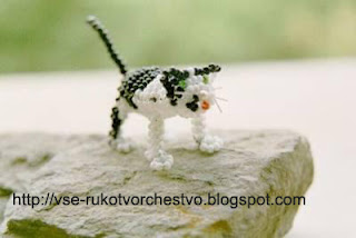 Животные котик из бисера объемный