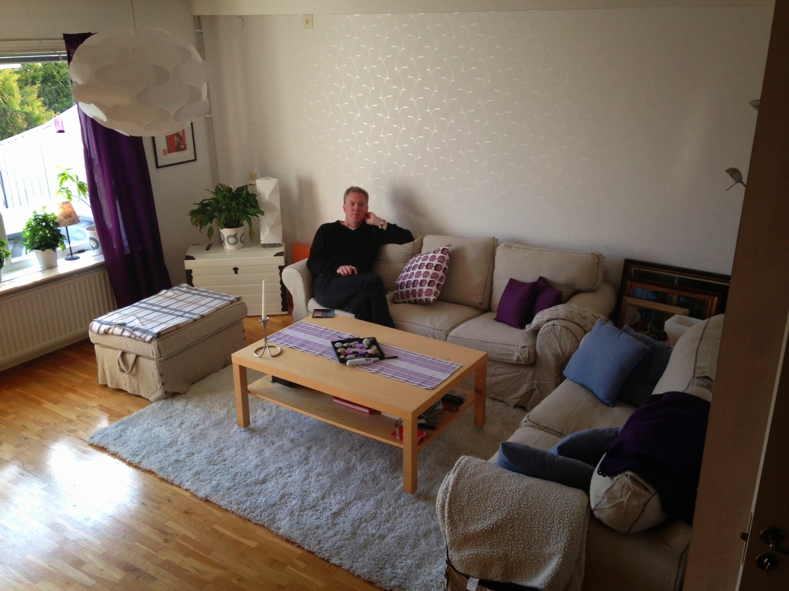 Görans blogg: Annas nytapetserade rum