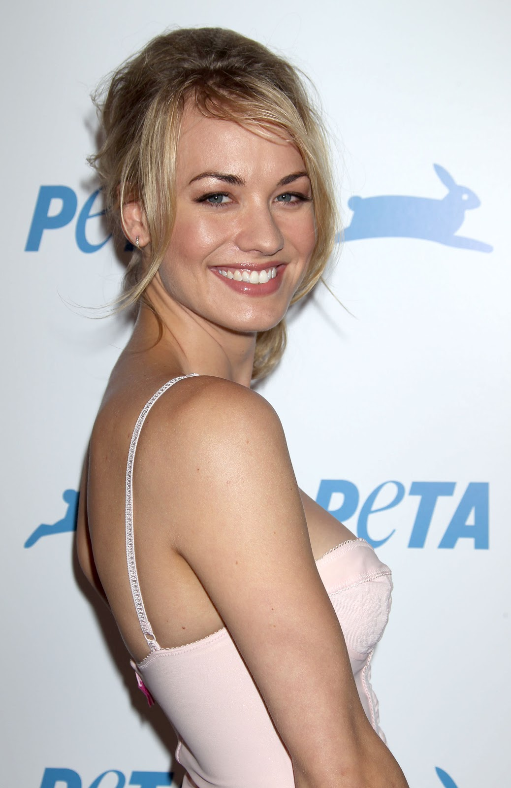 image Yvonne strahovski the canyon compilation