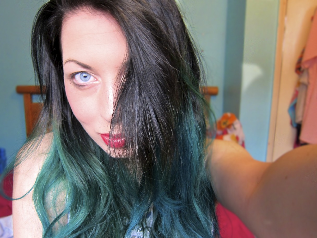 black hair with teal dip dye wwwimgkidcom the image