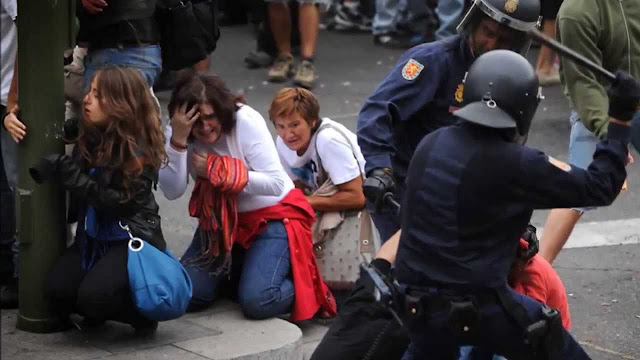 PUNTADAS CON HILO - Página 3 Brutalidad+policial+1