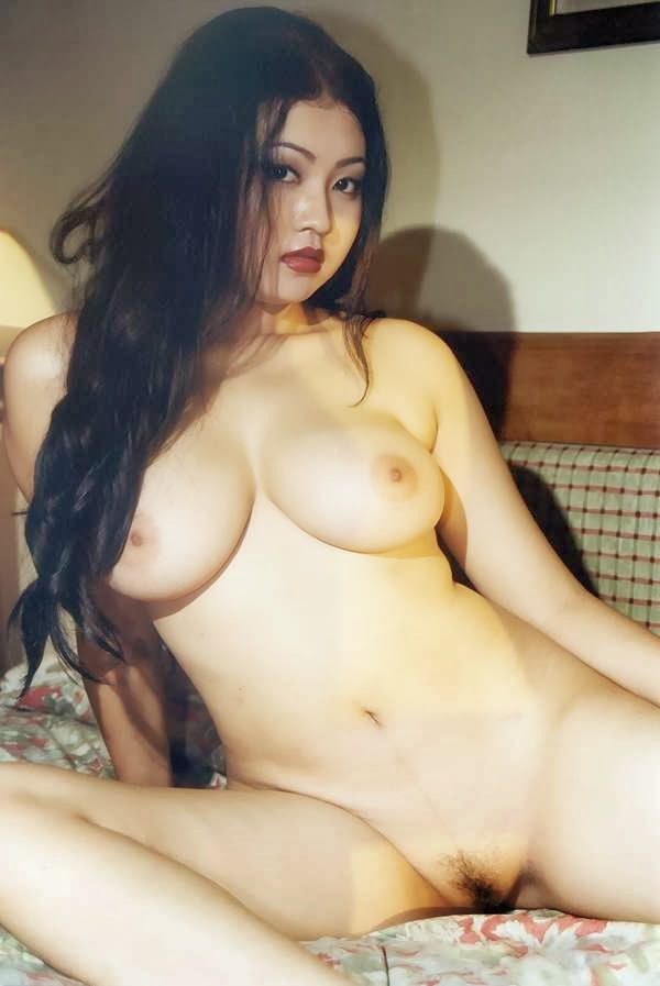 sexy hot nude indonesian model