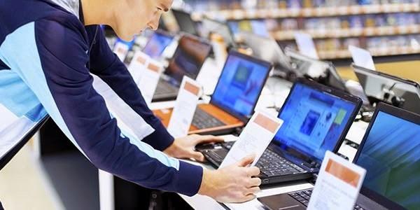 perbedaan dan persamaan netbook dan laptop adalah
