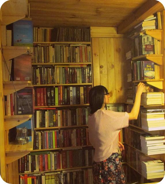 Z aparatem wśród książek, czyli moja biblioteczka - część 2