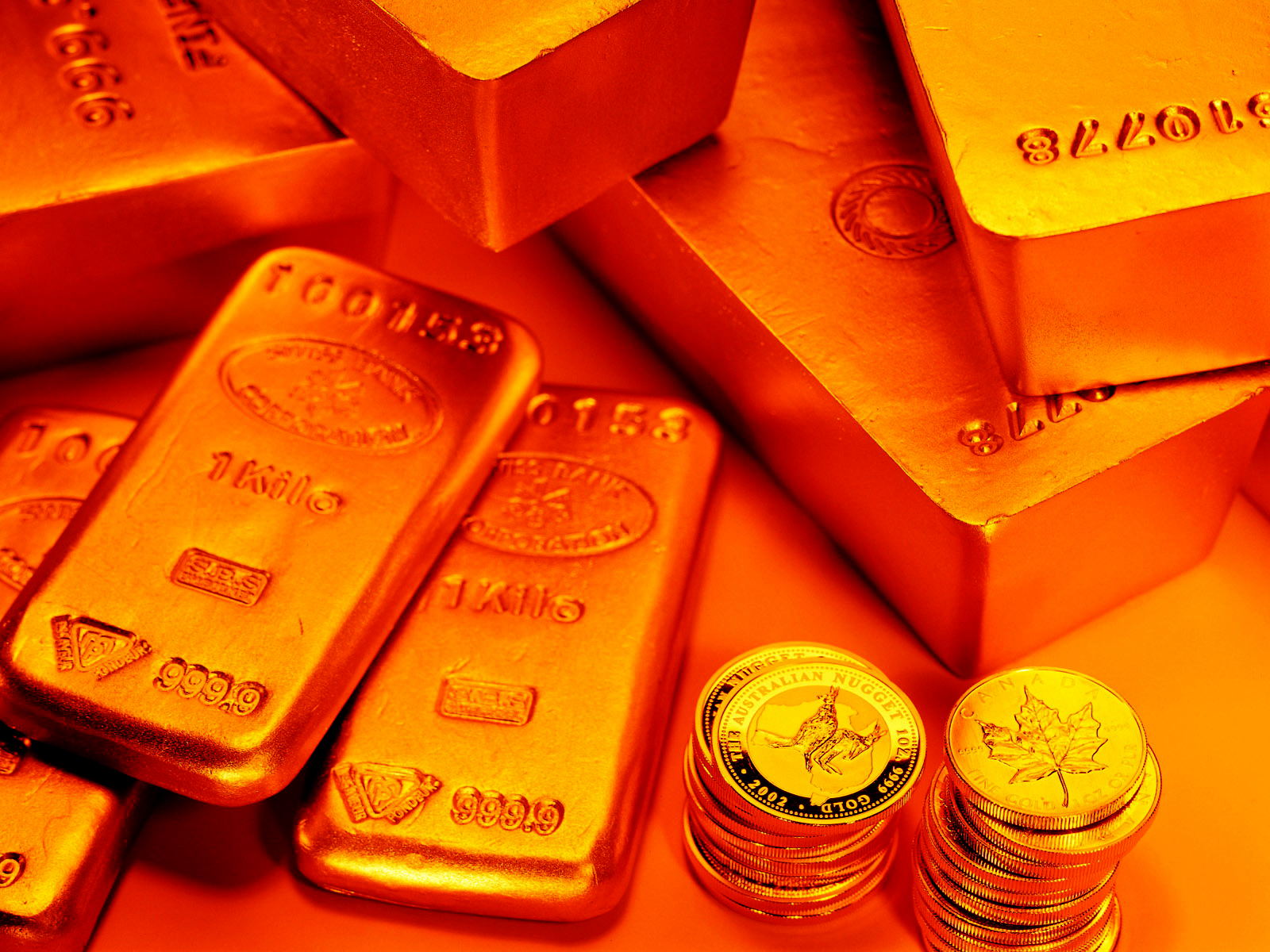 http://1.bp.blogspot.com/-mVCcRU3efQQ/TyVBNUUScyI/AAAAAAAAAZs/qWOCBlPahno/s1600/Shining_Golds_Bars_and_Coins_HD_Wallpaper-Vvallpaper.Net.jpg