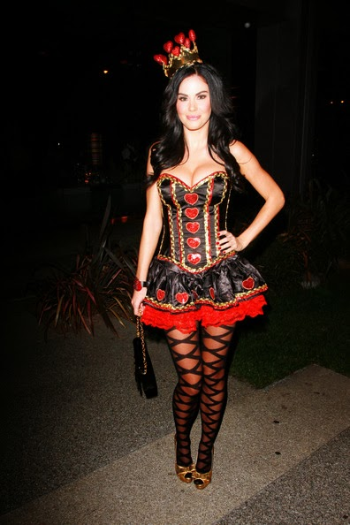 15 Halloween Costume Ideas Inspired By Celebrities  sc 1 st  Glamour Journals & 15 Halloween Costume Ideas Inspired By Celebrities | Glamour Journals
