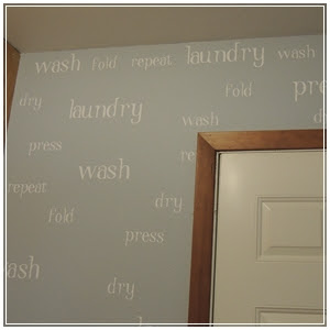 LAUNDRY ROOM DIY - wall of words