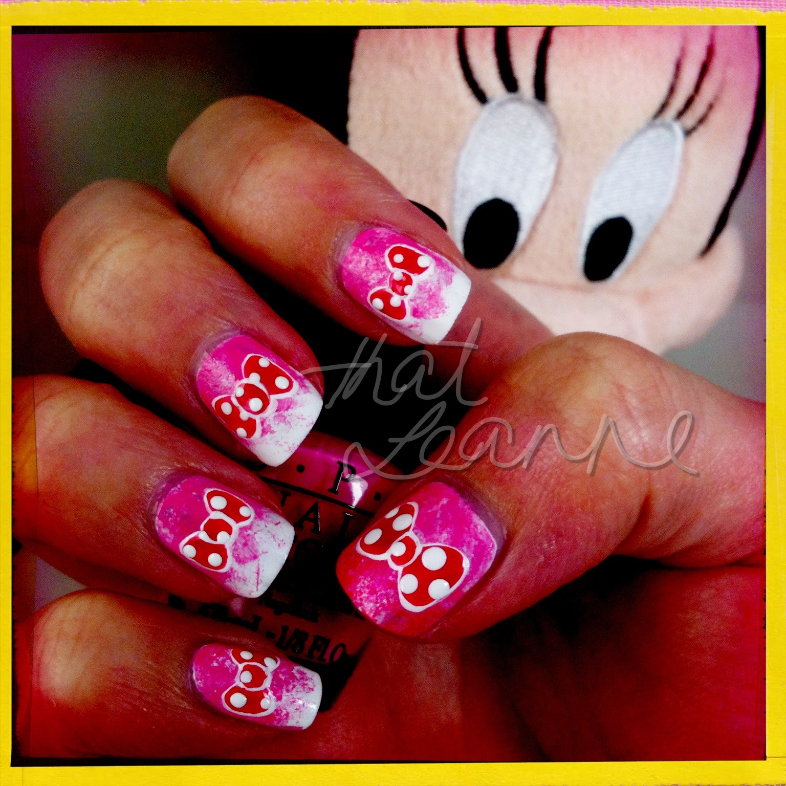Thatleanne Chococat Nail Art: Thatleanne: Minnie Mouse Bow Nail Art