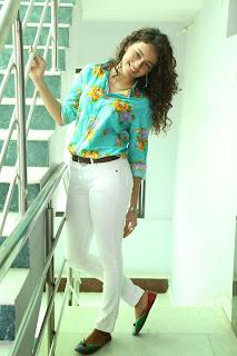 Seerath Kapoor Glamorous Picture shoot 069.jpg