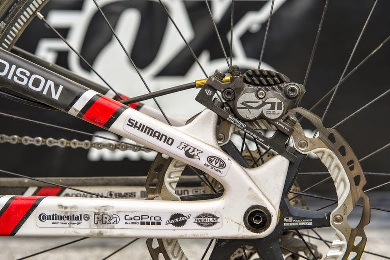 Bike News, Sam Dale, Look Closer, Saracen Madison 27.5 DH, Sam Dale Downhill Bike Setup