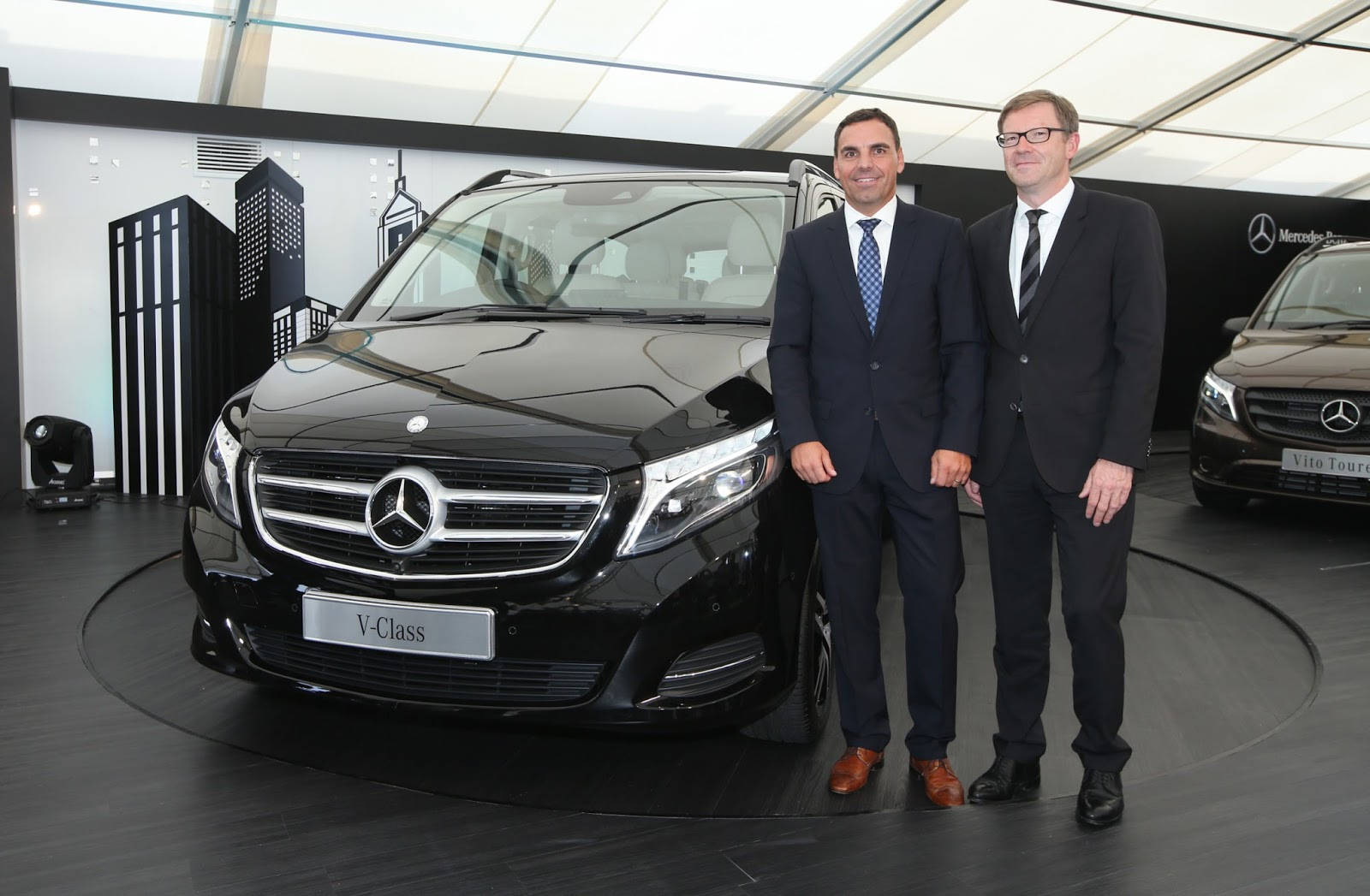 Benz patrick lesbian video adult videos for Mercedes benz of chandler staff