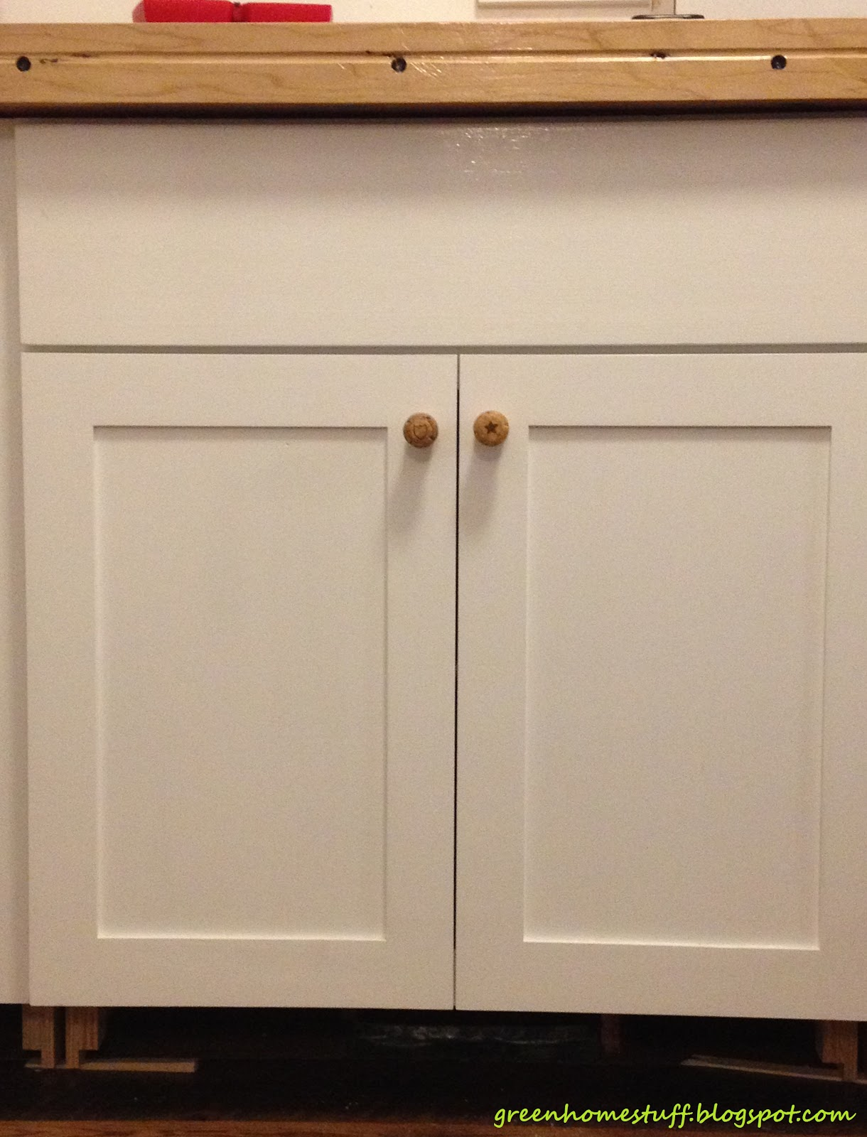 Have Knobs On My Kitchen Cabinets