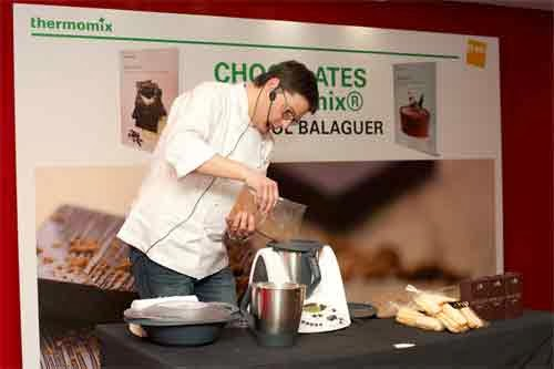 Oriol Ballguer Thermomix haciendo Chocolate