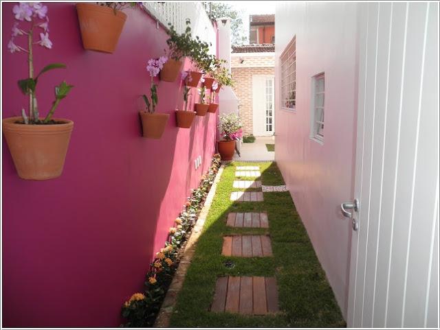 Tô màu cho tường rào