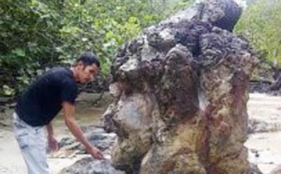 Kisah Batu Nenek Desa Tanjung Pura
