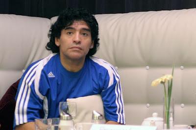 World Famous Football Player Diego Maradona WIki & Photos
