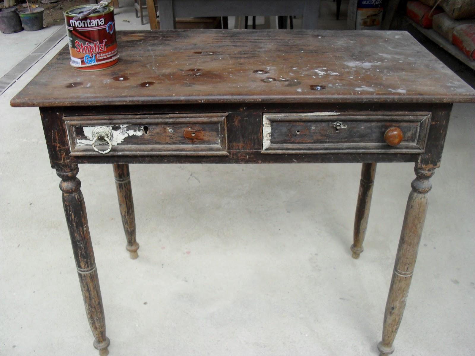 Flor de Tule: Reforma: uma mesa muito velha pode ser nova de novo! #61493F 1600x1200