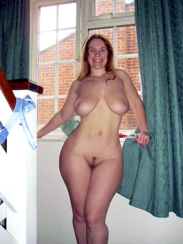 голые большие бедра домашнее фото