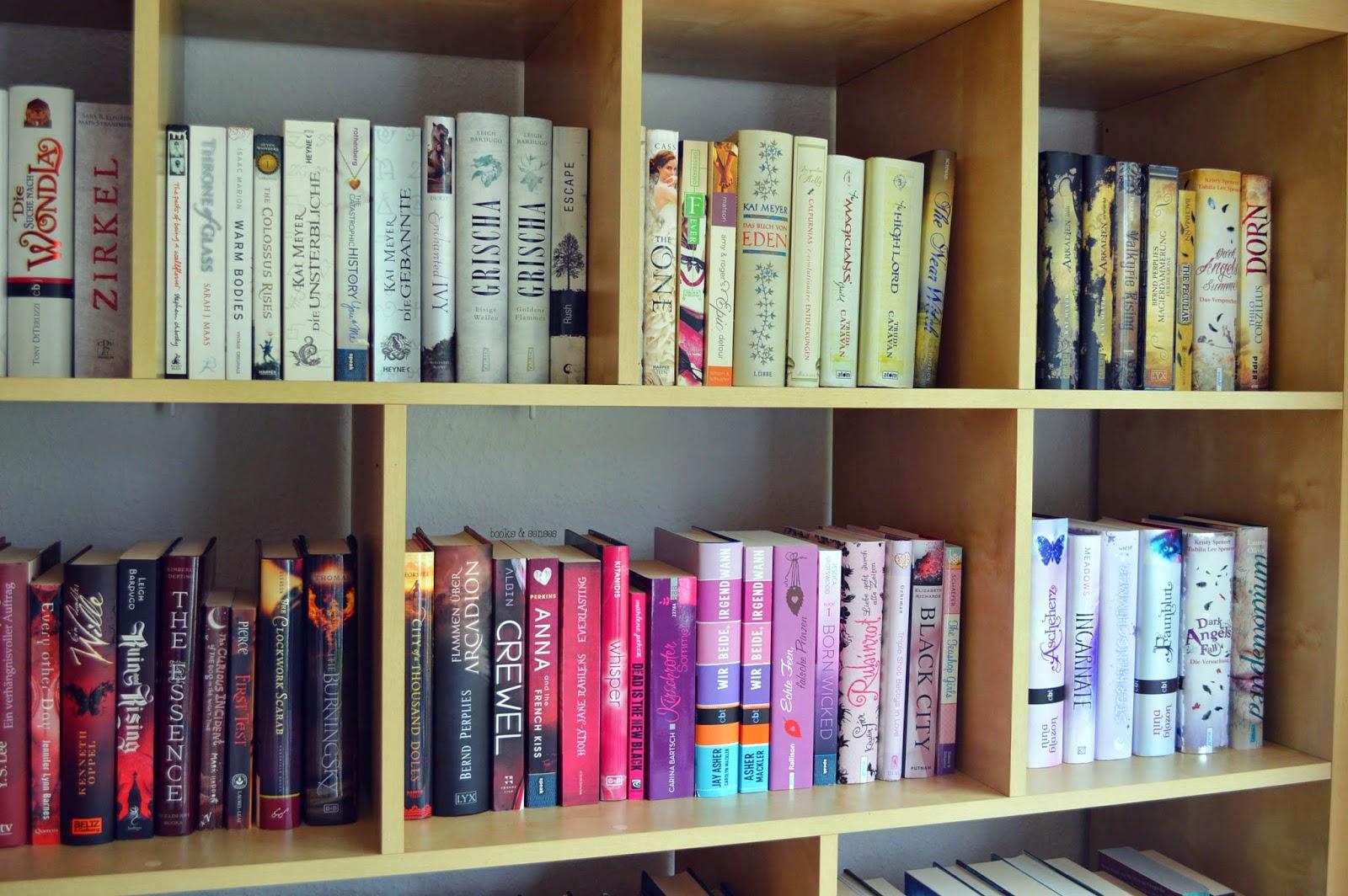Bücherreihe regal  Miss Watson - liest Bücher, trinkt Tee & schreibt darüber.: Mein ...