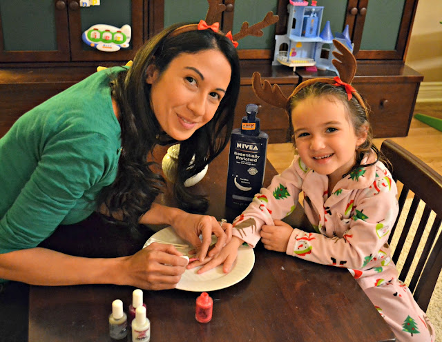 mother daughter manicures with NIVEA lotion from Sam's club #NIVEAMoments